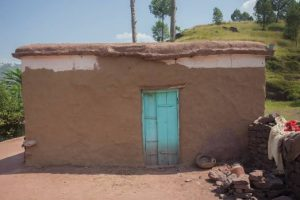Know the benefits of mud houses